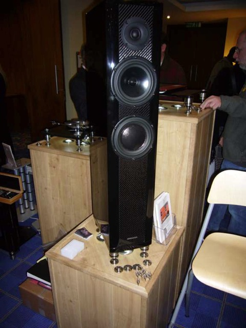 Track Audio Speaker Stands Isolations Mounts And